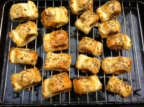 shortcrust_pastry_sausage_rolls