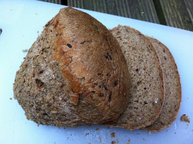 sliced_courgette_loaf