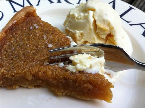 homemade_treacle_tart_ice_cream