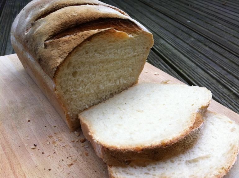 crusty_white_loaf