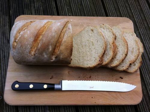 white_tin_loaf