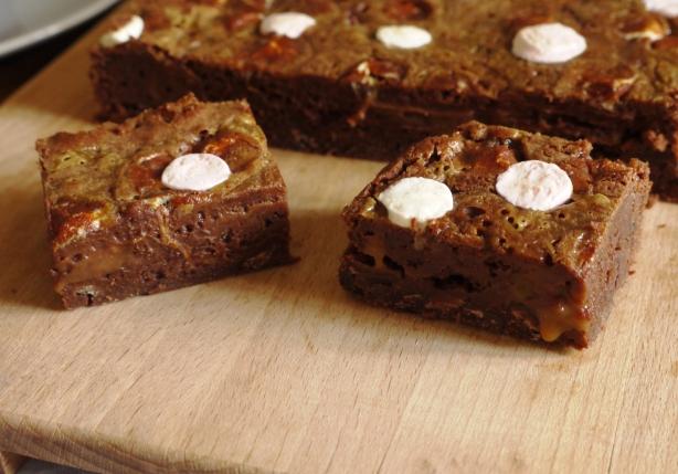 caramel_marshmallow_brownies