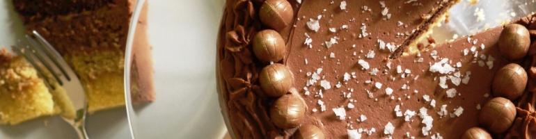 caramel_chocolate_cake