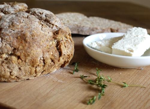 feta thyme soda bread