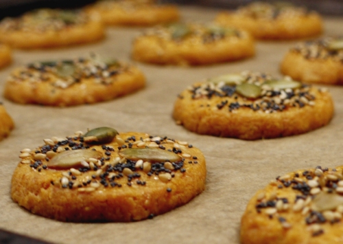 parmesan poppy seed biscuits